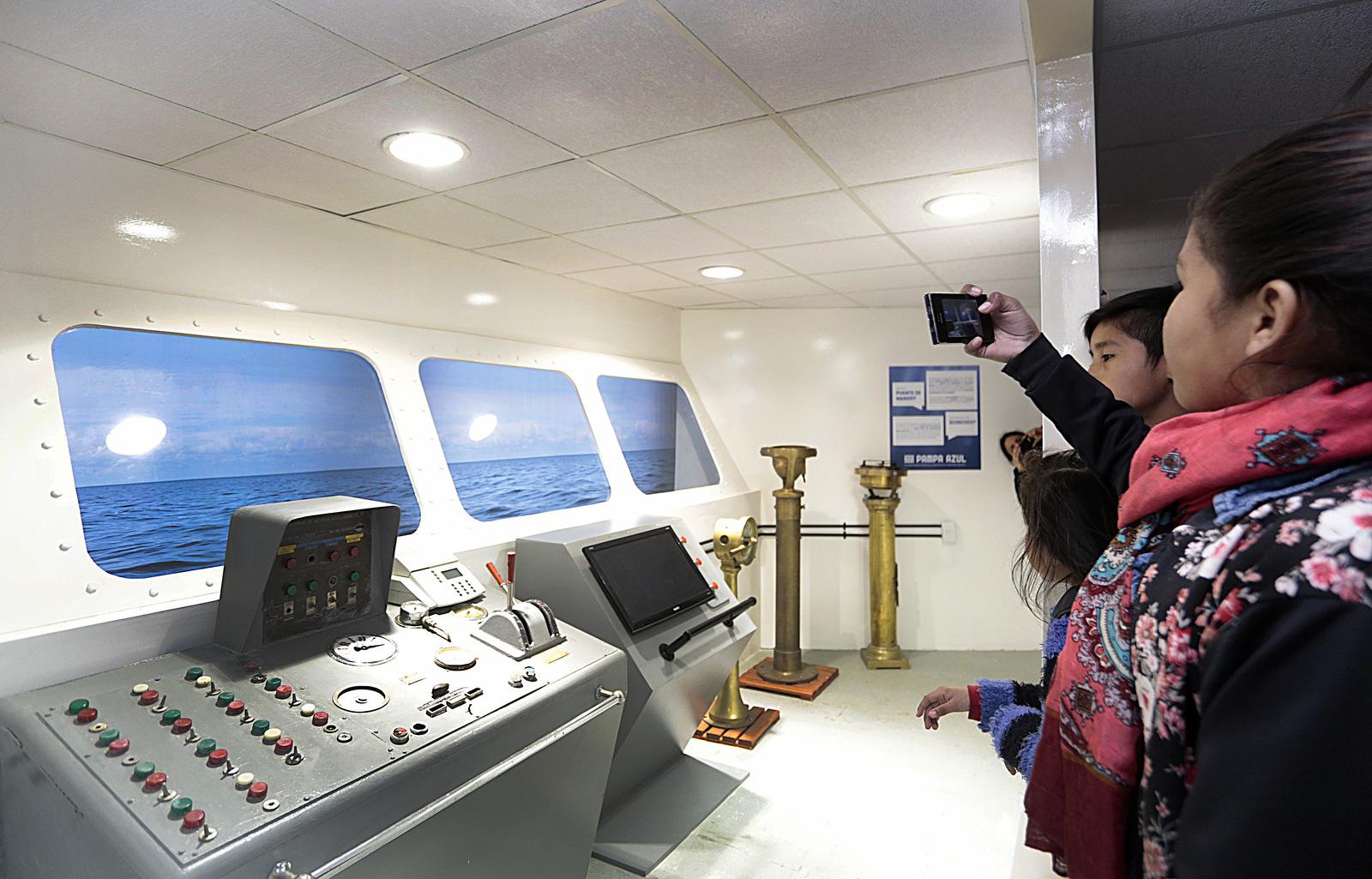 Buques oceanográfico. Fuente: Prensa Ministerio de Ciencia. Tecnología e Innovación Productiva.