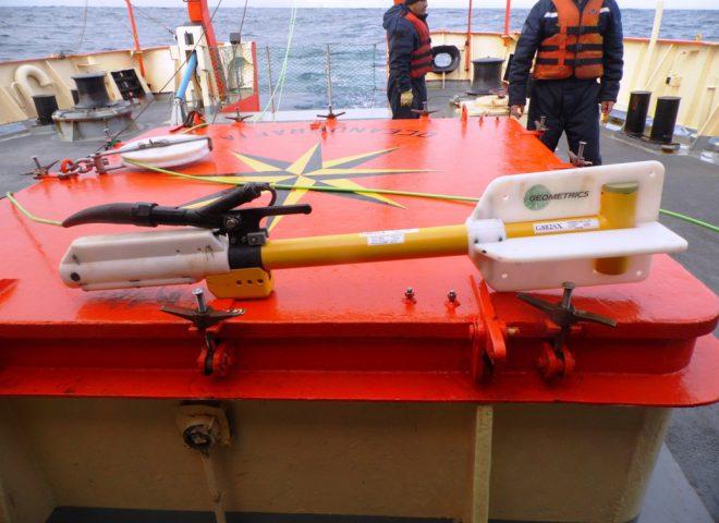 Magnetómetro de vapor de Cesio aprestado para lanzamiento. Fuente: Alejandro Tassone – Roberto Violante.